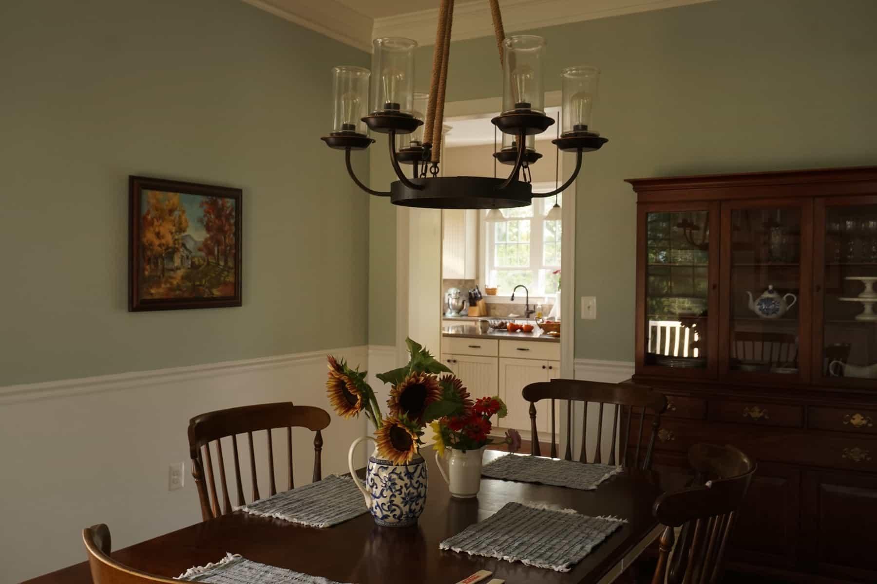 Benjamin Moore Woodlawn Blue (My Dining Room) : Heart's ...