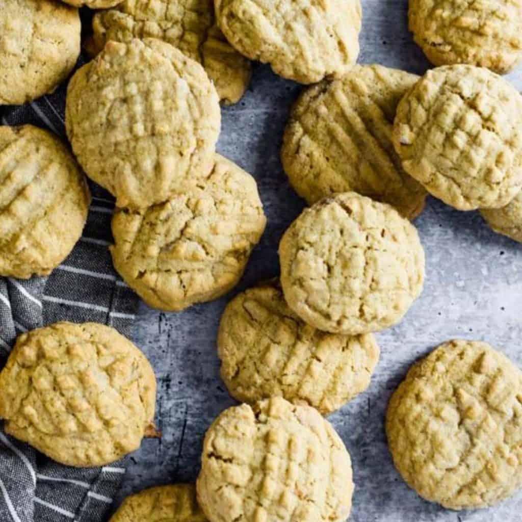 12 sourdough peanut butter cookies