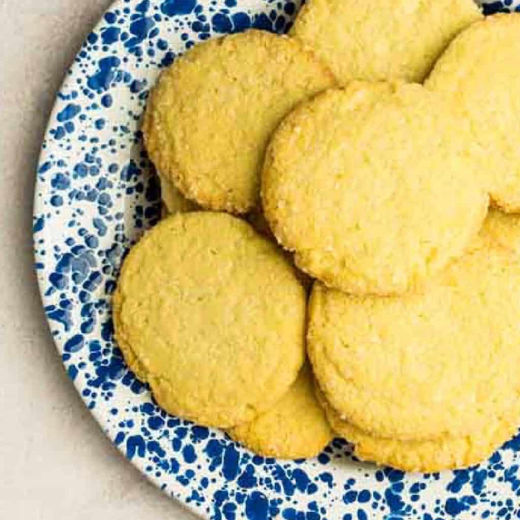 vintage sugar cookies on blue and white plate