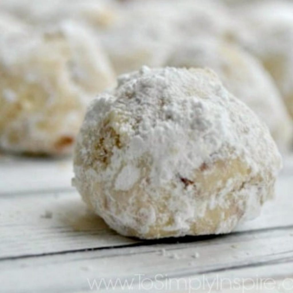 3 snowball cookies