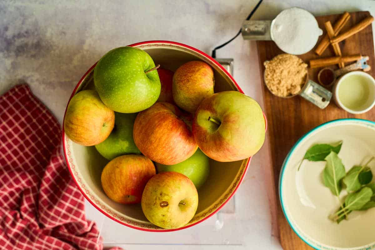 weighing apples on digital scale